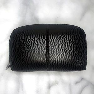 Louis Vuitton Epi Leather Demi Lune Zip Wallet